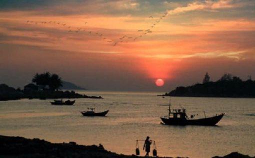 Tour câu mực đêm ngắm hoàng hôn Phú Quốc